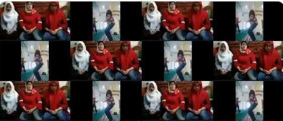 Heboh Tiga Wanita Berjilbab Joget Tik Tok di Dalam Masjid, Tonton Neh Videonya