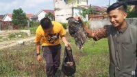 Publik Kecam Video Prank Berbagi Daging Kurban Isi Sampah Meski Akhirnya Minta Maaf